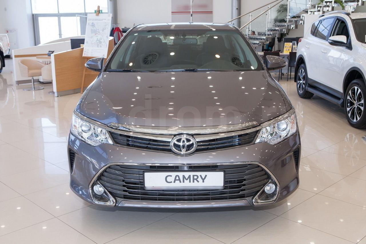 Toyota Camry - технические характеристики и комплектации
