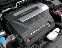 Большой объем двигателя совсем не подразумевает высокую мощность, всего 240