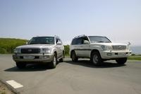 Для сравнения мы выбрали автомобили Toyota Land Cruiser и Subaru Impreza WRX. Найти леворульный Land Cruiser во Владивостоке не составило большого труда, поскольку недостатка во внедорожниках представительского класса у нас нет. Нашлась и леворукая Impreza