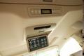А вот бортовая навигационная система на обновленном Alphard ставится только в виде опции. Но зато на всех модификациях при желании можно установить задний пульт управления панорамным телеэкраном для просмотра DVD.