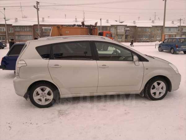 Toyota Corolla Verso, 2006 год, 600 000 руб.