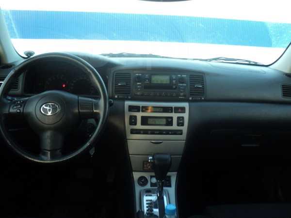 Toyota Corolla, 2005 год, 399 999 руб.