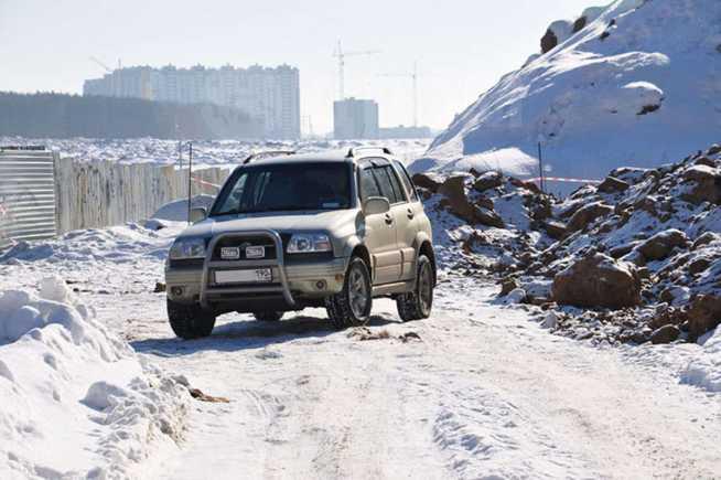 Suzuki Grand Vitara, 1999 год, 350 000 руб.