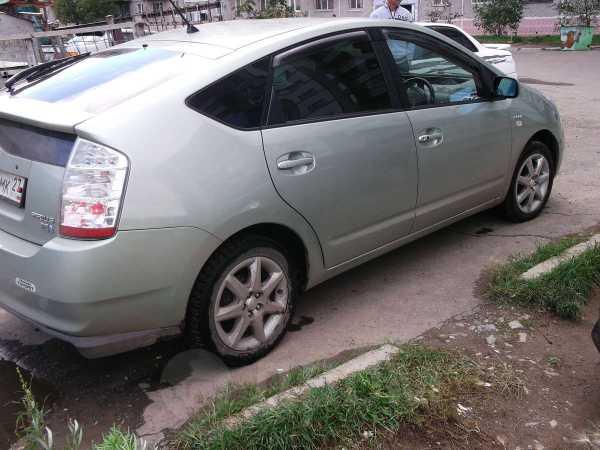 Toyota Prius, 2006 год, 385 000 руб.
