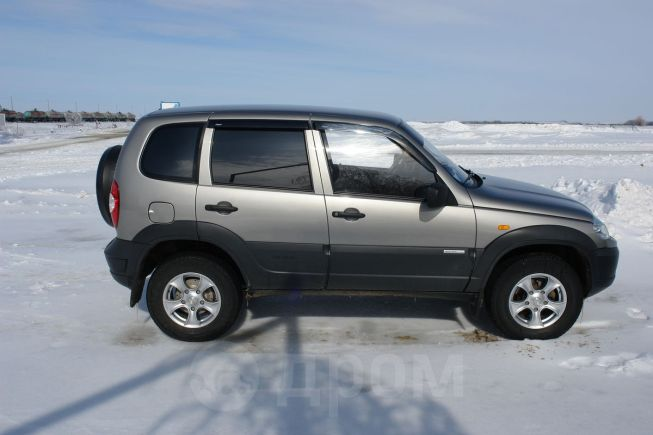 Chevrolet Niva, 2011 год, 415 000 руб.