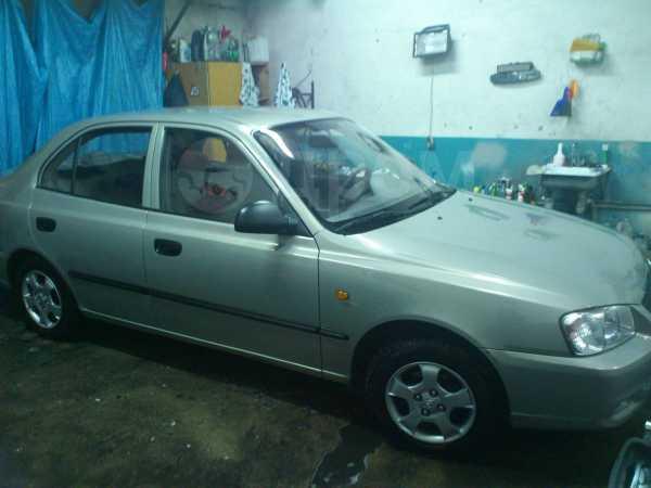 Hyundai Accent, 2009 год, 305 000 руб.