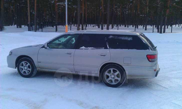 Nissan Avenir, 2002 год, 198 000 руб.