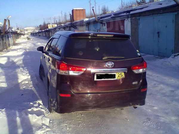 Toyota Wish, 2010 год, 705 000 руб.