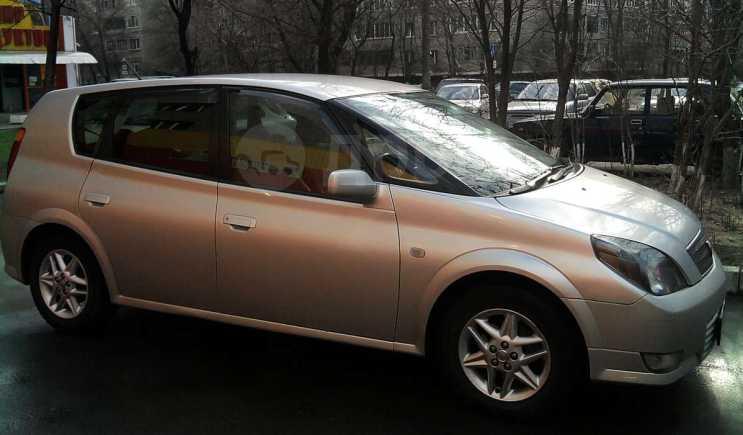 Toyota Opa, 2001 год, 270 000 руб.