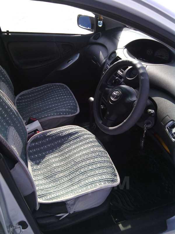 Toyota Vitz, 2004 год, 235 000 руб.