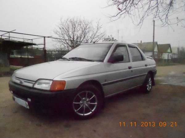 Ford Orion, 1991 год, 93 910 руб.