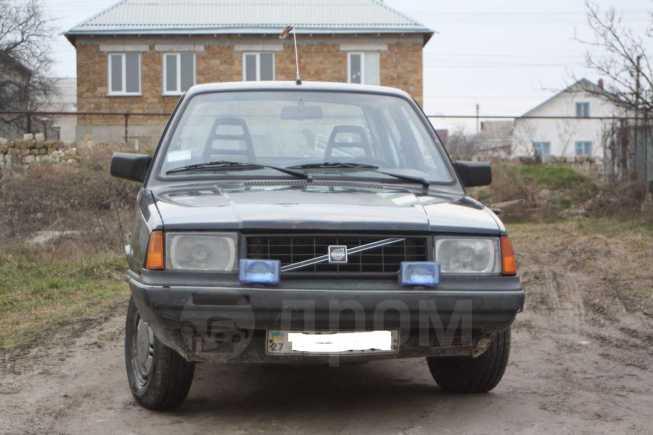 Volvo 340, 1989 год, $1800
