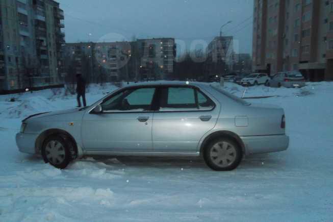 Nissan Bluebird, 2000 год, 200 000 руб.