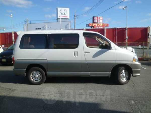 Toyota Grand Hiace, 2000 год, 250 000 руб.