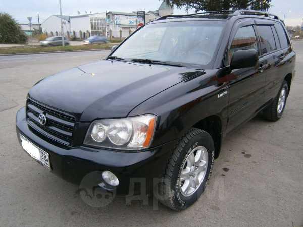 Toyota Highlander, 2003 год, 740 000 руб.