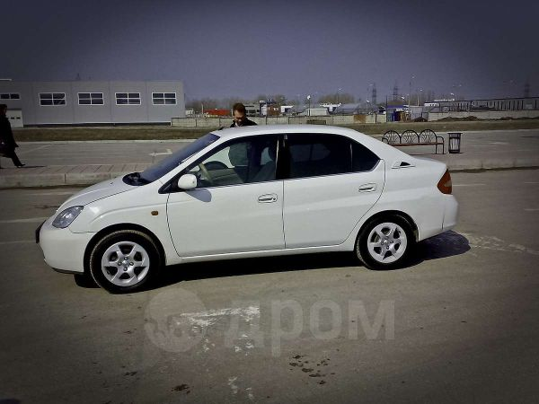Toyota Prius, 2002 год, 200 000 руб.