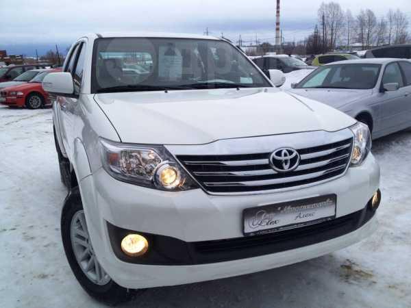 Toyota Fortuner, 2013 год, 2 834 920 руб.