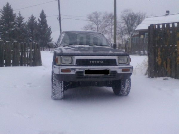 Toyota Hilux Surf, 1989 год, 127 000 руб.