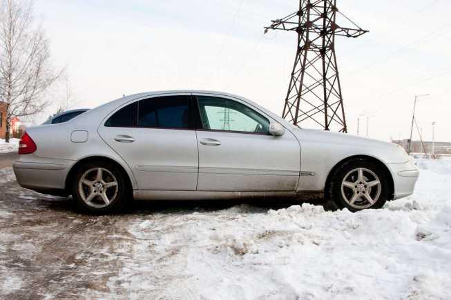Mercedes-Benz E-Class, 2002 год, 535 000 руб.