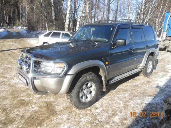 Nissan Patrol, 2001 год, 730 000 руб.