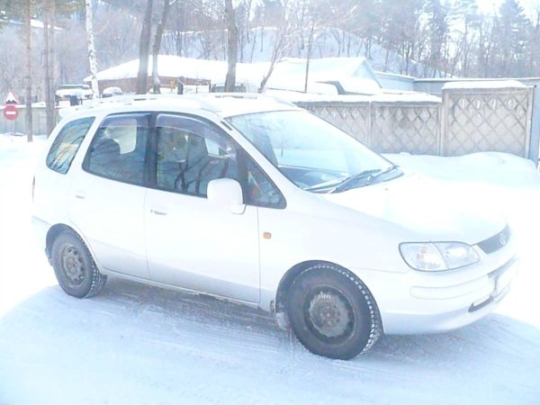 Toyota Corolla Spacio, 1998 год, 239 000 руб.