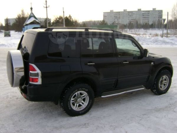 Mitsubishi Pajero, 2001 год, 565 000 руб.
