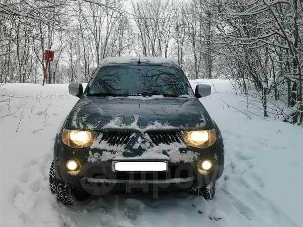 Mitsubishi L200, 2006 год, 500 000 руб.