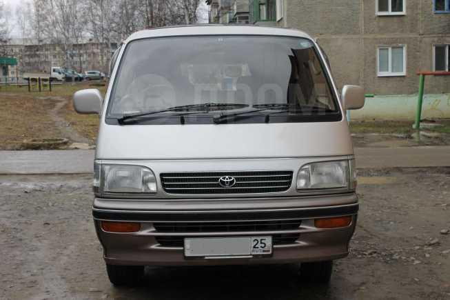Toyota Hiace, 1995 год, 365 000 руб.