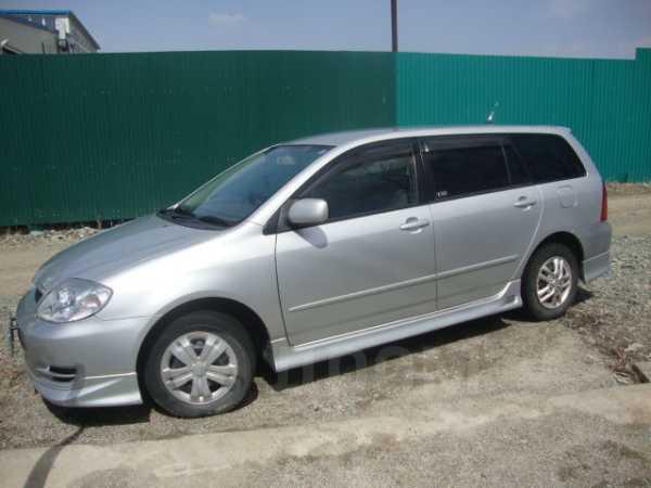 Toyota Corolla Fielder, 2003 год, 305 000 руб.