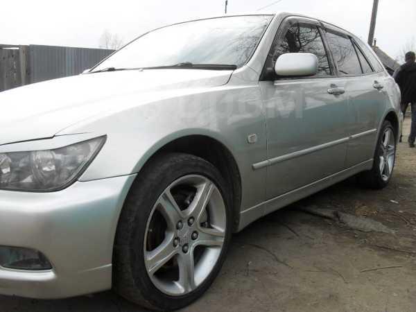 Toyota Altezza, 2004 год, 400 000 руб.