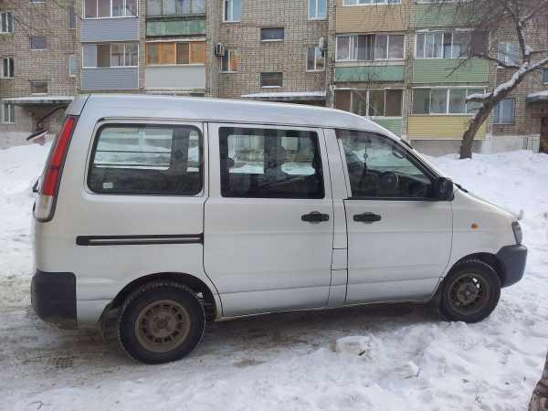 Toyota Lite Ace, 2002 год, 300 000 руб.