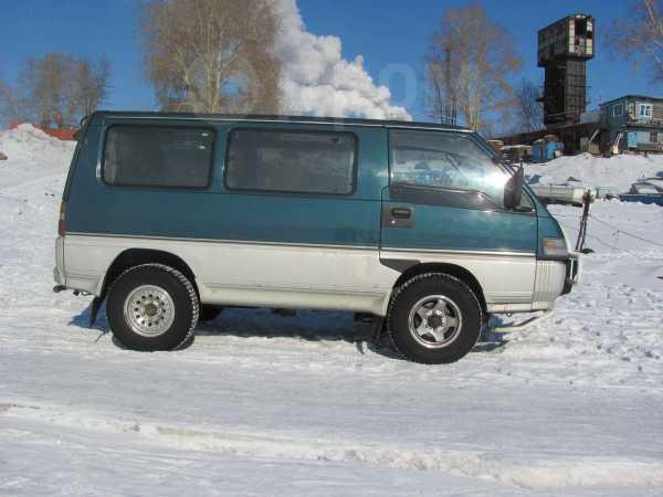 Mitsubishi Delica, 1994 год, 330 000 руб.
