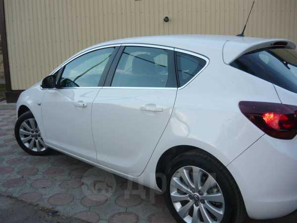Opel Astra, 2011 год, 665 000 руб.