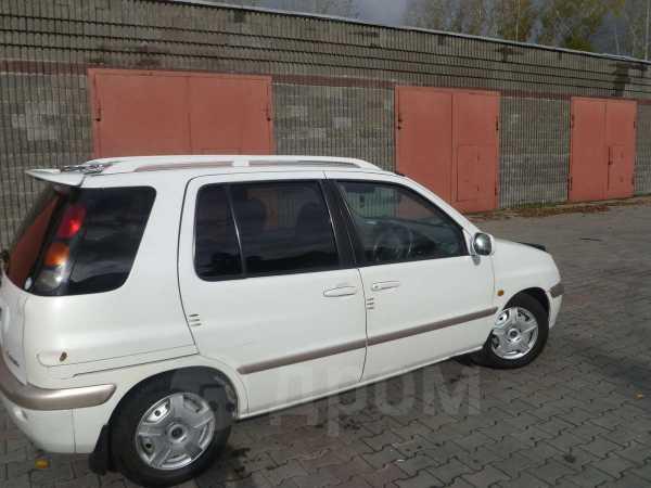 Toyota Raum, 1999 год, 190 000 руб.