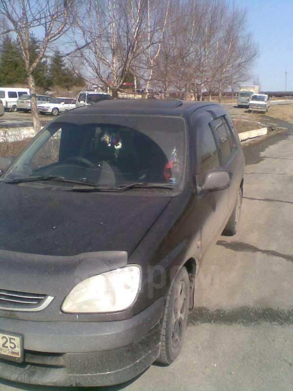 Toyota Raum, 2000 год, 250 000 руб.