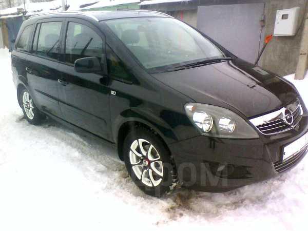 Opel Zafira, 2012 год, 740 000 руб.