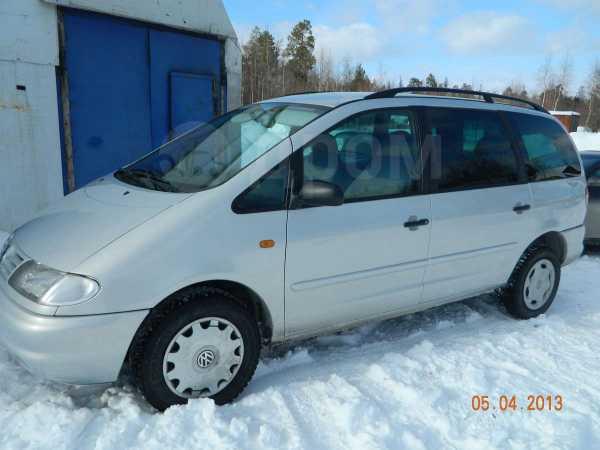 Volkswagen Sharan, 2000 год, 370 000 руб.