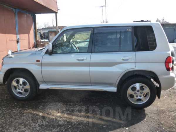Mitsubishi Pajero iO, 2002 год, 420 000 руб.