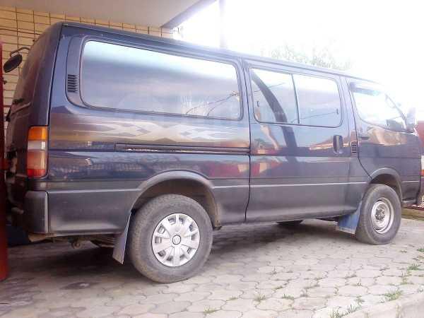 Toyota Hiace, 1998 год, 450 000 руб.