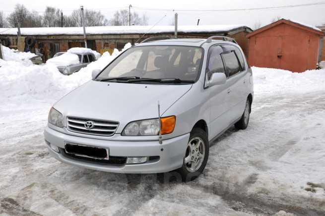 Toyota Ipsum, 1998 год, 310 000 руб.