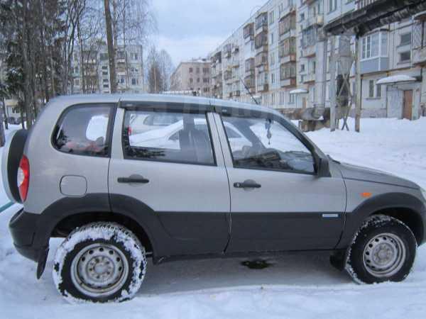 Chevrolet Niva, 2009 год, 375 000 руб.