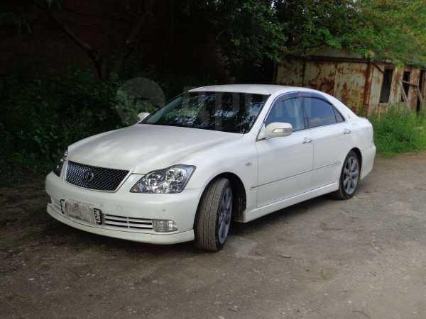 Toyota Crown, 2005 год, 800 000 руб.