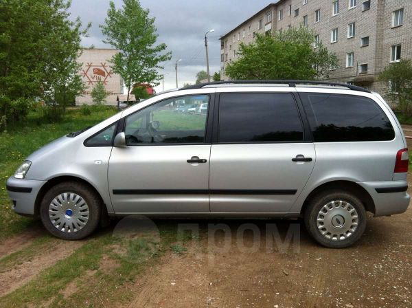 Ford Galaxy, 2001 год, 375 000 руб.