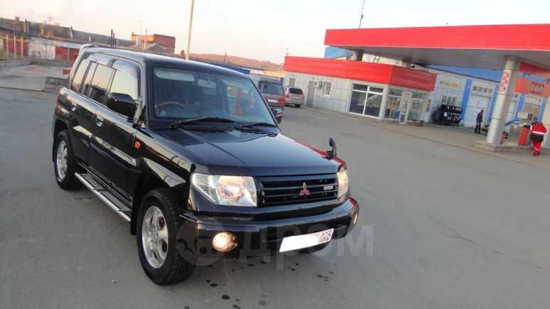 Mitsubishi Pajero iO, 2000 год, 355 000 руб.