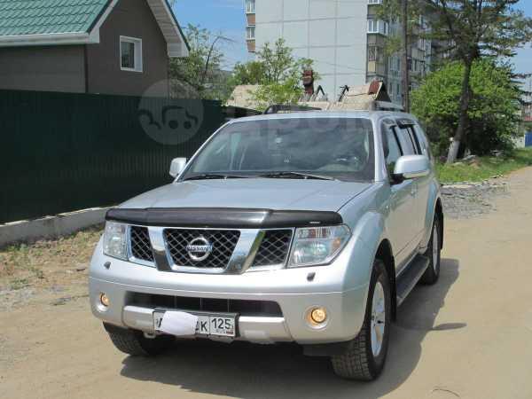 Nissan Pathfinder, 2007 год, 940 000 руб.