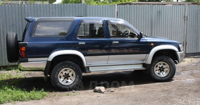 Toyota Hilux Surf, 1995 год, 410 000 руб.