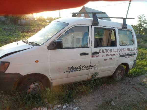 Toyota Touring Hiace, 2002 год, 70 000 руб.