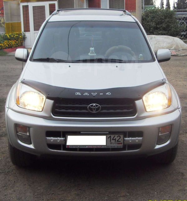 Toyota RAV4, 2002 год, 560 000 руб.