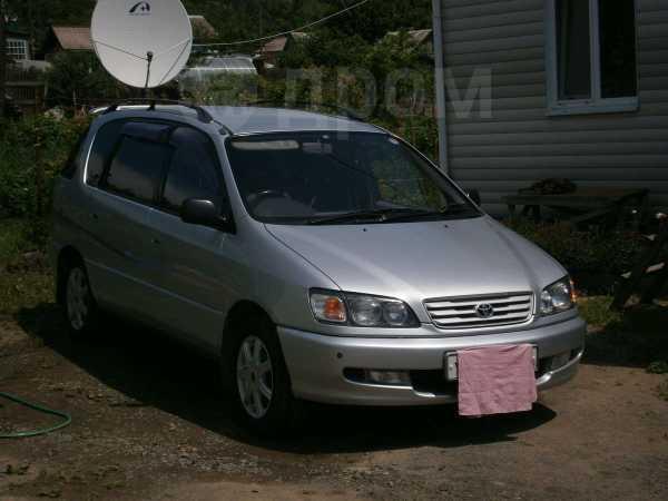 Toyota Ipsum, 1998 год, 300 000 руб.