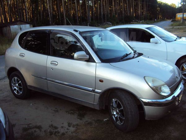Toyota Duet, 2001 год, 175 000 руб.
